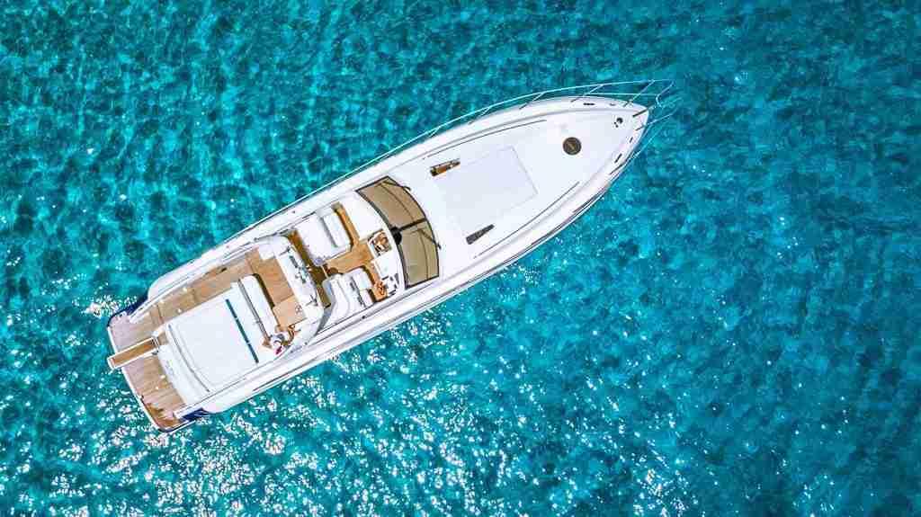 Luxury Yachts Cruises